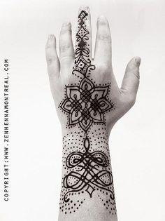 modern hand henna design