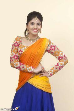 Girls Phone Numbers, Glamour Beauty, Blouse Models, Stylish Girl Pic, Tamil Actress Photos, Half Saree, Beautiful Saree, India Beauty, Kids Fashion