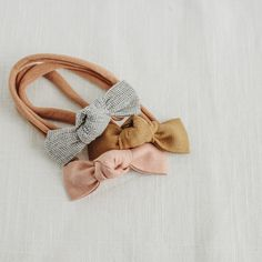 Luna | Petite Knot Bow - Dolce Teething Beads, Newborn Headbands, Baby Girl Headbands, Nursing Necklace, Dummy Clips, Baby Hair Bows, Making Hair Bows, Girls Hair Accessories