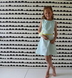 DSC_0328 Toddler Fashion, Kids Fashion, Little Girls, Tutorials, Bright, Summer Dresses, Sewing, Children, Party