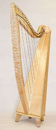 Thormahlen Maple Swan (gorgeous wood on this harp! Wood Detail, Harp, Musical Instruments, Heavenly, Swan, Lust, Celtic, Mosaic, Paintings