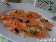 Carpaccio de salmón con mandarina
