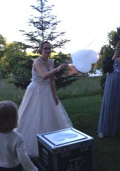 Fliegende Schaumherzen begeistern deine Hochzeitsgäste