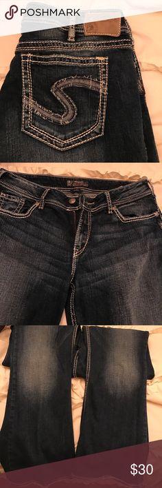 Silver jeans Dark wash boot cut jeans W34/L32 Silver Jeans Jeans Boot Cut