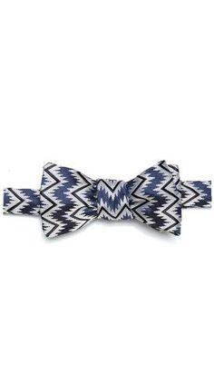 Zigzag Self Bow Tie from East Dane #poachit