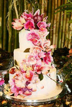 Unique Wedding Cakes, Beautiful Wedding Cakes, Beautiful Cakes, Wedding Cake Inspiration, Ever After, Holidays And Events, Destination Wedding, Birthday Cake, Tropical