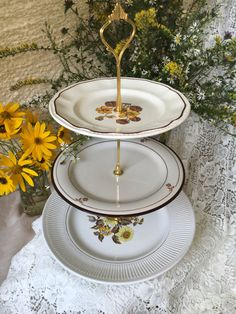 A personal favorite from my Etsy shop //.etsy.com. Plate StandsVintage ... & 3 Tiered Thanksgiving Autumn Vintage Plate Stand https://www.etsy ...