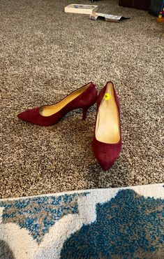 This is a beautiful red dark burgundyish color tone which come with a comfy cushion to balance your foot. Really comfortable and the pronounced color can go with any outfit from dress to a classic jeans. True to size. Made in Vietnam! Please the Price is Firm!!!