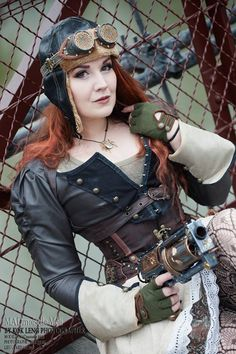 Model/Outfit: MADmoiselle Méli H Photo/Nerfgun Mod: kok leng photographe goggles: Steampunkies Warenhaus corset: Basque Boutique of Cheltenham