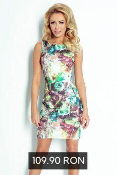Rochii de vara cu imprimeu floral Casual Chic Outfits, Floral, Model, Flowers, Scale Model, Flower, Models, Template