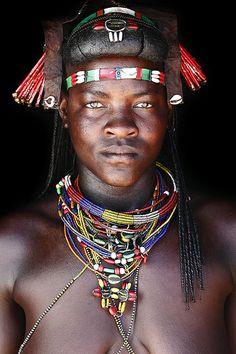 Tokleni - Muhacaona (Mucawana) tribe of south Angola Mario Gerth