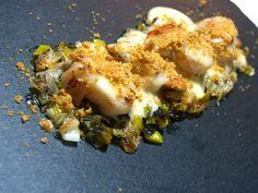 Zamburiñas con alioli de miel y polvo de kikos