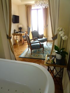 """Suite"" Camera di ""Chateau Eza""(Hotel), Eze, France (Marzo)"