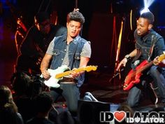 Bruno Mars And Janelle Monae Bring Hooligans In Wondaland To L.A. ...
