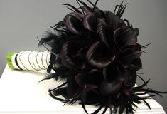 Plum (black) Mini Calla's with Feathers Bridal Bouquet Feather Bouquet, Calla Lily Bouquet, Flower Bouquet Wedding, Calla Lilies, Bouquet Flowers, Classic Wedding Flowers, Floral Wedding, Fall Wedding, Wedding Reception