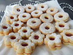 Xmas Cookies, Yummy Cookies, Yummy Treats, Yummy Food, Christmas Sweets, Christmas Baking, Czech Recipes, Desert Recipes, Sweet Recipes