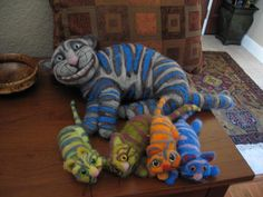 cheshire cat with kittens felted