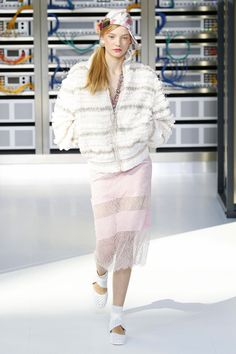 Chanel   Ready-to-Wear Spring 2017   Look 74
