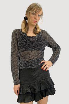 Mesh Long Sleeve, Long Sleeve Mini Dress, Long Sleeve Tops, Vintage Outfits, Vintage Fashion, Cowl Neck, Shirt Blouses, Ruffle Blouse, Model