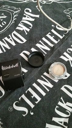 """Be a bombshell eye base in """"submissive"""" brand new."""