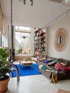Loft House, Living Spaces, Living Room, Interior Decorating, Interior Design, Vintage Interiors, Kitchen Living, Midcentury Modern, Home And Living