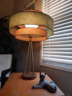 vtg mid century atomic brass tripod green 3 tier fiberglass shade table lamp