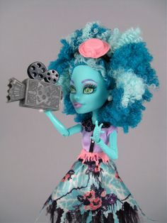 """Frights, Camera, Action!"" Monster High dolls--A Joint Review! 
