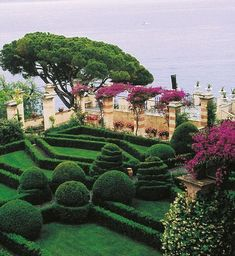 gardens of france | VIVA ITALIA! Where everything in the garden's lovely: THE BEST GARDENS ...