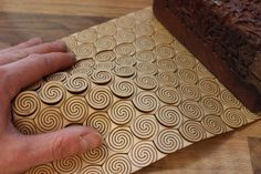 This pattern comes off the square layout and into a hexagonal layout, there are 3 branches to each spiral which gives is natural flex i. Laser Cutter Ideas, Laser Cutter Projects, Cnc Projects, Laser Art, 3d Laser, Laser Cut Plywood, Laser Cutting, Cnc Router, Flexible Plywood