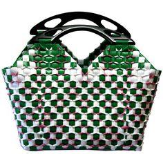 Handmade hand woven summer shopping travel beach bag purse Woven Baskets, Plastic Baskets, Basket Weaving, Hand Weaving, Woven Beach Bags, Shopping Travel, Beach Trip, Awesome, Amazing