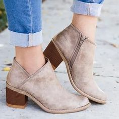 a92bb81cd35c 7 best shoes images on Pinterest