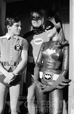 Adman West as Batman, Burt Ward as Robin and Yvonne Craig as Batgirl Adam West Batman, Batman Y Robin, Batman 1966, Im Batman, Gotham Batman, Batman Art, Batman Tv Show, Batman Tv Series, Batgirl