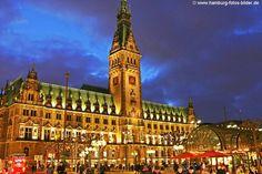 #Hamburg #Rathaus bei Nacht
