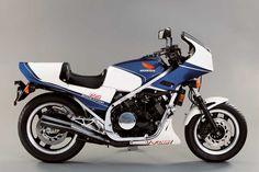 The First Sport Bike? The 1983 Honda VF750F Interceptor - Classic Japanese Motorcycles - Motorcycle Classics