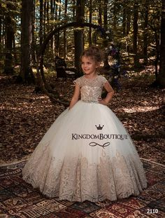 2018 Flower Girls Dresses For Weddings Jewel Neck Cap Sleeves Champagne Lace Appliques Ball Gown Tulle Birthday Children Girl Pageant Gowns Tulle Flower Girl, Tulle Flowers, Flower Girl Dresses, Flower Girls, Little Girl Dresses, Girls Dresses, Communion Dresses, Satin Dresses, Satin Gown
