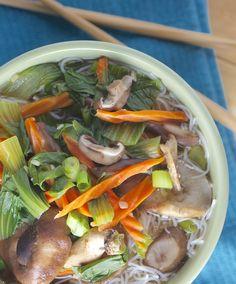 Easy Vegan Vegetable Noodle Bowl