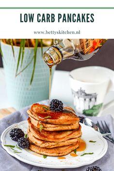 Low Carb Pancakes | Recepten | Betty's Kitchen Foodblog Low Carb Pancakes, Breakfast, Food, Morning Coffee, Meal, Essen, Hoods, Meals, Morning Breakfast