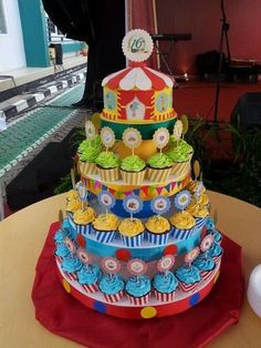 ~ Carnival Cupcake for Corporate Event in 2019 Carnival Cupcakes, Circus Carnival Party, Circus Theme Party, Carnival Birthday Parties, Birthday Party Themes, Carnival Theme Cakes, Circus Theme Cupcakes, Party Cupcakes, Circus Baby