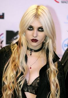 taylor momsen - Twitter Search