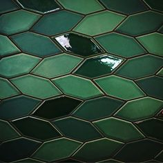 Photo by Gorgeous shot of the green tiles in the Heath Ceramics Showroom! how do you grout ceramic tileGone are the days when decor. Home Design, Interior Design, Design Art, Modern Design, Cork Tiles, Wall Tiles, Heath Ceramics, Ceramics Tile, Hexagon Tiles