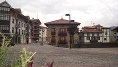 Plaza principal de Areatza