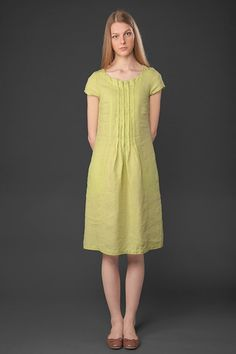 100% PURE LINEN DRESS LIGHT GREEN YELLOW LINEN DRESS Light green yellow knee-length 100% linen dress with short sleeves, gathering on chest, comfortable side pockets.. Made from specially washed linen fabric, therefore much softer as well as shrink-resistant. Will surely make a lovely addition to your summer wardrobe. Please look at the sizes measurements at the 5th picture. SIZES: EU 36-44 EU 36 / US 4 / UK8 EU 38 / US 6 / UK10 EU 40 / US 8 / UK12 EU 42 / US 10 / UK14 EU 44 / US 12…