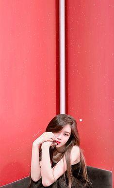 Park chaeyoung in all her natural beauty~♡ Kpop Girl Groups, Korean Girl Groups, Kpop Girls, Yg Entertainment, Fandom, Foto Rose, Rose Park, Jennie Lisa, Rose Wallpaper