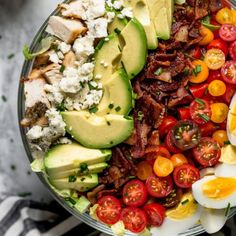 Cobb Salad With Chicken Bacon Tomatoes Hard Boiled Eggs Avocado Blue Cheese Chives And A Simple Red Wine Vinegar. For see more of fitness life images visit us on our website ! Antipasto Pasta Salads, Easy Pasta Salad, Easy Salads, Garbage Salad Recipe, Salad Works, Fresh Tomato Recipes, Healthy Salad Recipes, Vegetarian Salad, Cornbread