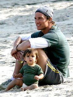 Matthew McConaughey with his son #happyfathersday #fathersday