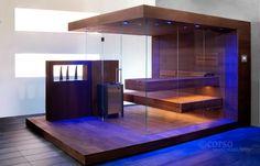 """Atemberaubende Design-Sauna """"NIMBUS"""", dreiseitig verglast, mit schwebenden Liegen. Ausgezeichnet mit dem GOLDEN WAVE für herausragendes Design. corso. designt für entspannung."""