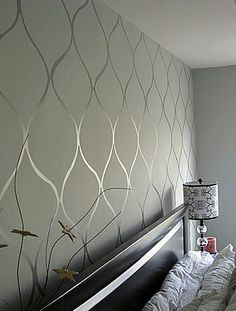 Flat paint, then glossy enamel in the same color create a subtle wallpaper-love what people are doing with the matte and glossy paint House Design, Flat Paint, Silver Wall Stencil, Accent Wall, Diy Home Decor, Interior, Home Diy, Silver Walls, Home Decor