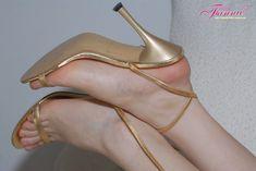 Golden high heels feetporn feetlove feetmodel feetworship feetfetishnation footporn footworshipping footfetishnation footmodel beautifulfeet is part of Heels - High Heel Sneakers, Sneaker Heels, Beautiful High Heels, Gorgeous Feet, White High Heels, Sexy High Heels, Sexy Sandals, Strappy Heels, Bridal Heels