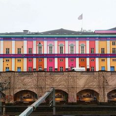 The unique architecture in #Copenhagen never gets old and this former train station is a sight for sore eyes! It was transformed in to a cinema in 1917 and eventually painted in these vivid candy shades in 1989. If you are a film fanatic it's a must visit there's 17 auditoriums and the widest selection of films in the whole of #Denmark and Danish cinema. ( @dlsaunders88) Hotels-live.com via https://www.instagram.com/p/BBXCdyVDyhi/ #Flickr