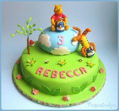 Awesome Winnie the Pooh Cake